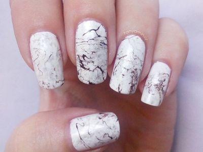 Мраморные ногти