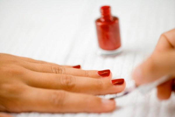 Подготовка ногтевой пластины к покрытию гель-лаком