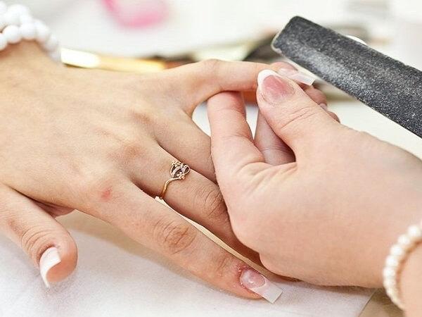 Чем вылечить грибок ногтя большого пальца на ноге