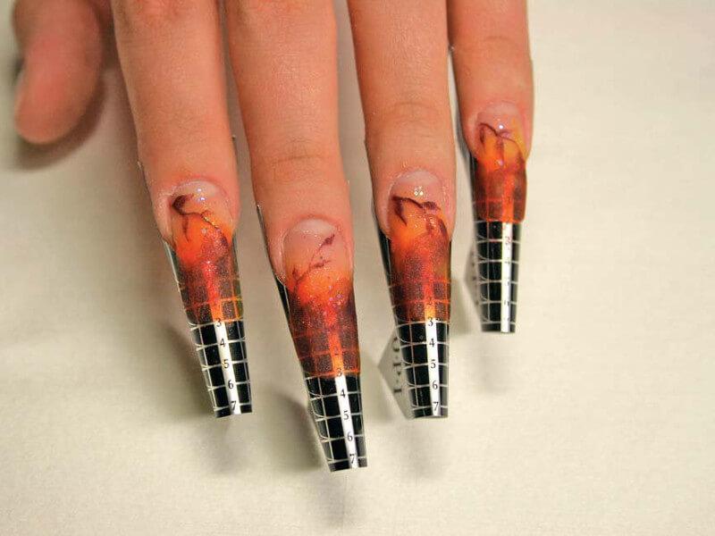 Формы для наращивания ногтей: нижнее моделирование.