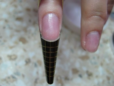 Техника наращивания ногтей гелем на формы
