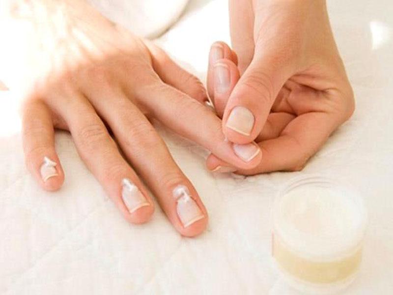Лечение ногтей в домашних условиях видео