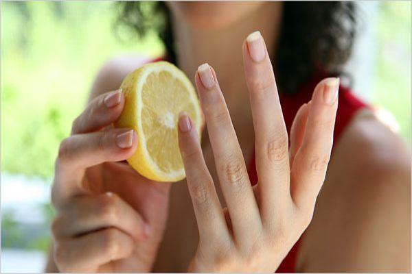 Как вымыть грязь из под ногтей